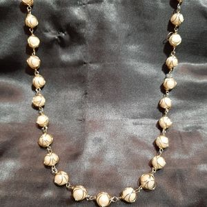 Gold wire and faux pearl necklace